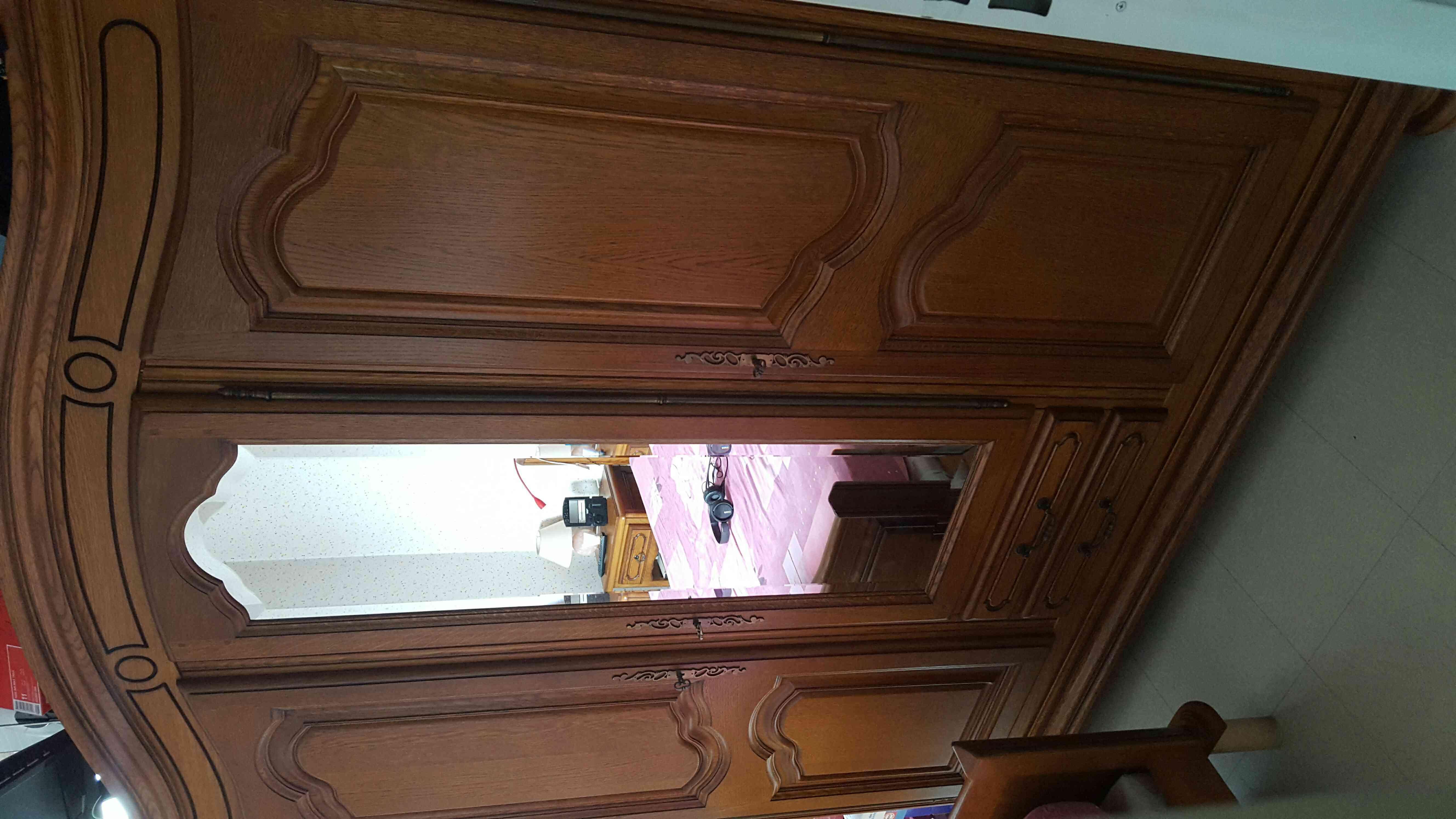 armoires en ch ne occasion en seine saint denis 93 annonces achat et vente de armoires en. Black Bedroom Furniture Sets. Home Design Ideas