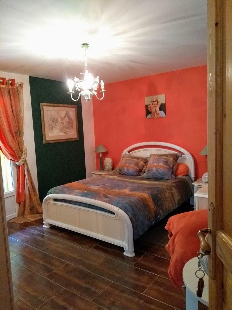 Chambre compléte  LAQUE BLANCHE 500 L'Étang-Bertrand (50)