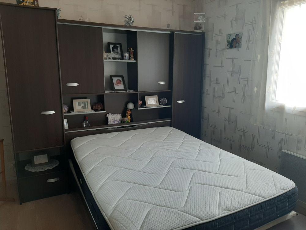Chambre à coucher adulte  450 Neuville-sur-Ain (01)