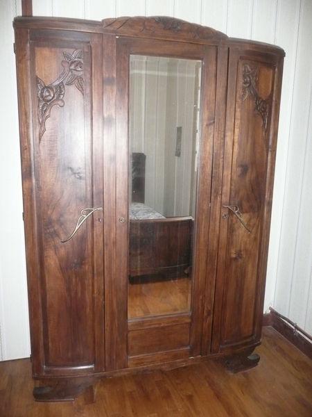 armoires anciennes occasion dans l 39 aveyron 12 annonces achat et vente de armoires anciennes. Black Bedroom Furniture Sets. Home Design Ideas
