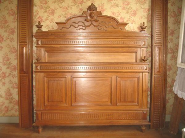 Chambre U0026agrave; Coucher Ancienne, Bois Massif Sculptu0026eacute; Meubles