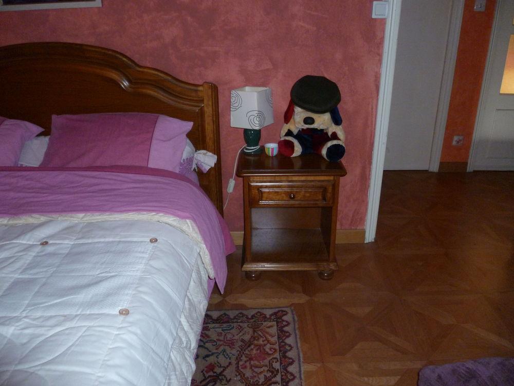 Achetez chambre a coucher en occasion annonce vente for Chambre a coucher occasion