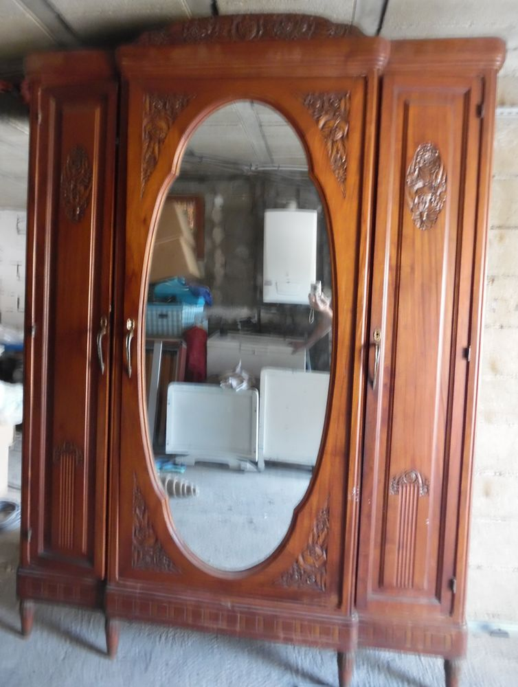 Chambre à coucher complète fabrication artisanale massive 0 Castries (34)