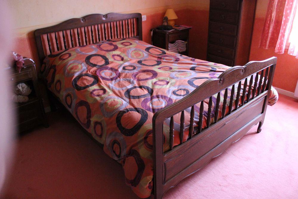 Chambre à coucher complète (armoire, chevet, lit, semainier) 295 Lentilly (69)