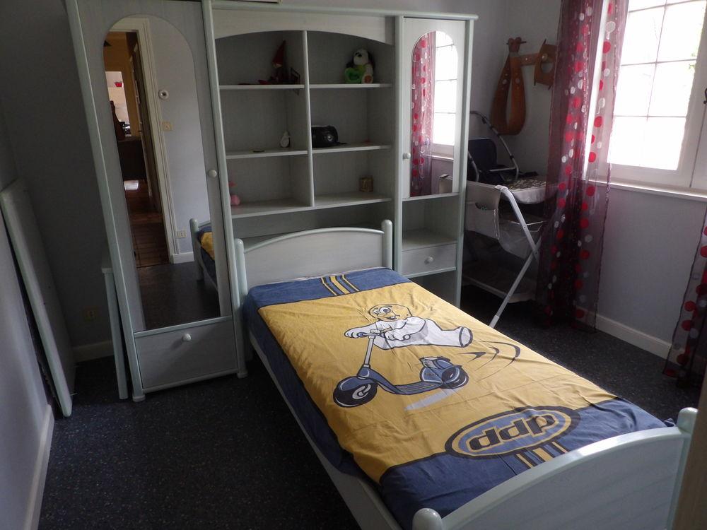 chambre à coucher enfant 165 Coise (69)