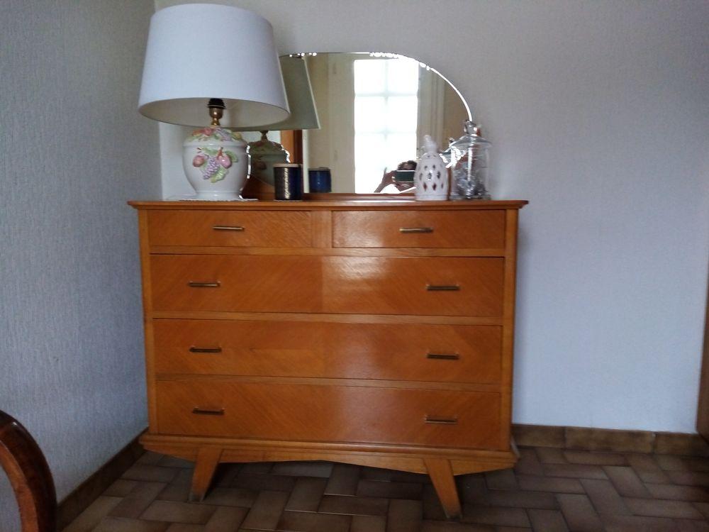 Chambre à coucher Vintage  150 Saint-Symphorien-de-Marmagne (71)