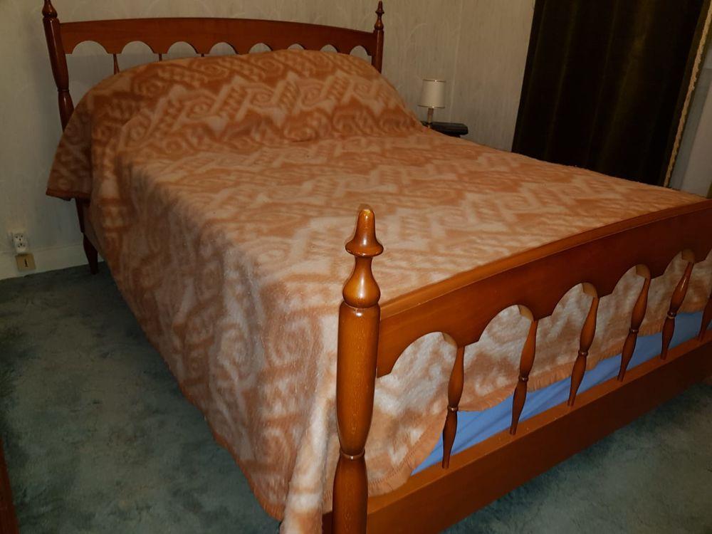 Chambre à coucher 300 Ecquevilly (78)