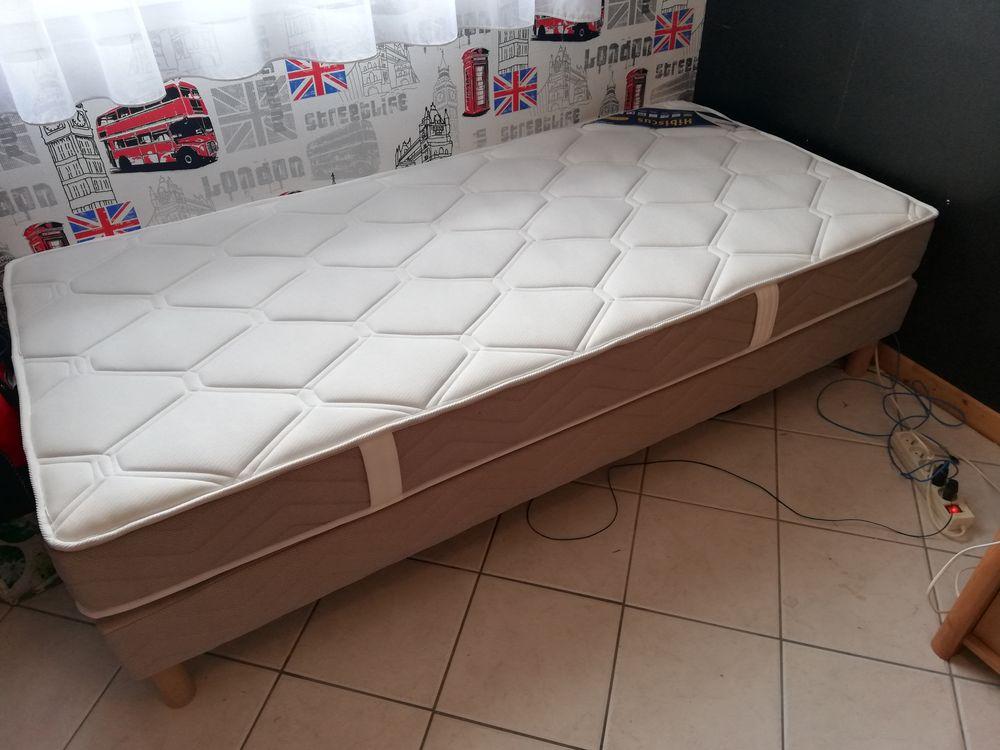 Chambre à coucher  200 Loon-Plage (59)
