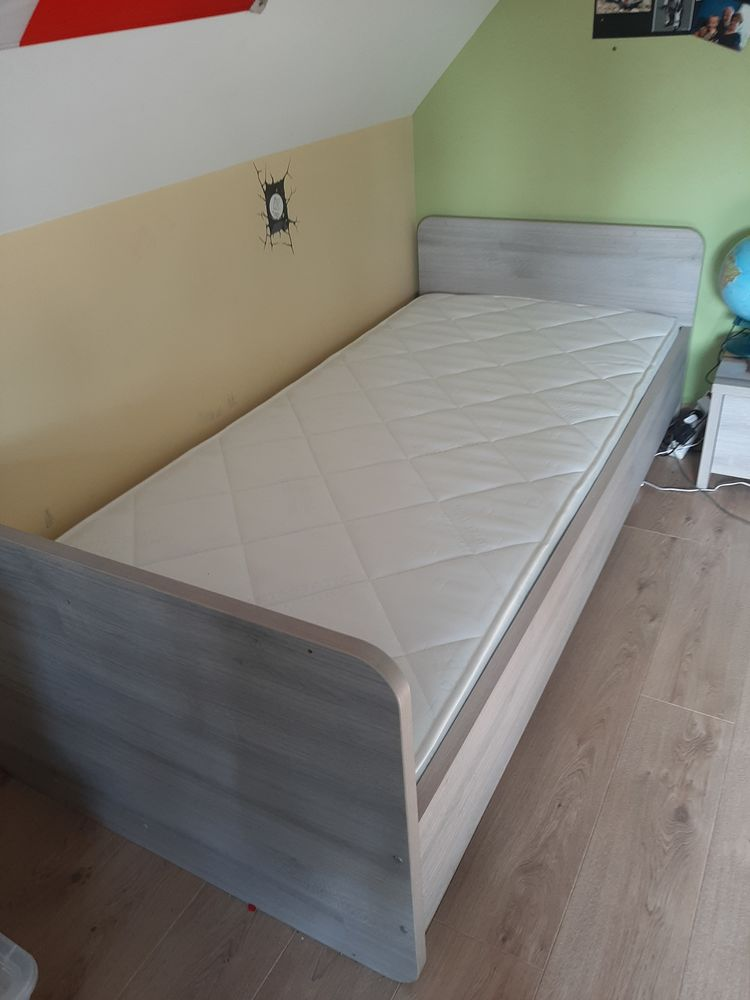 Chambre enfant / adulte 280 Ghissignies (59)