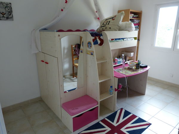 achetez chambre enfant lit occasion annonce vente. Black Bedroom Furniture Sets. Home Design Ideas