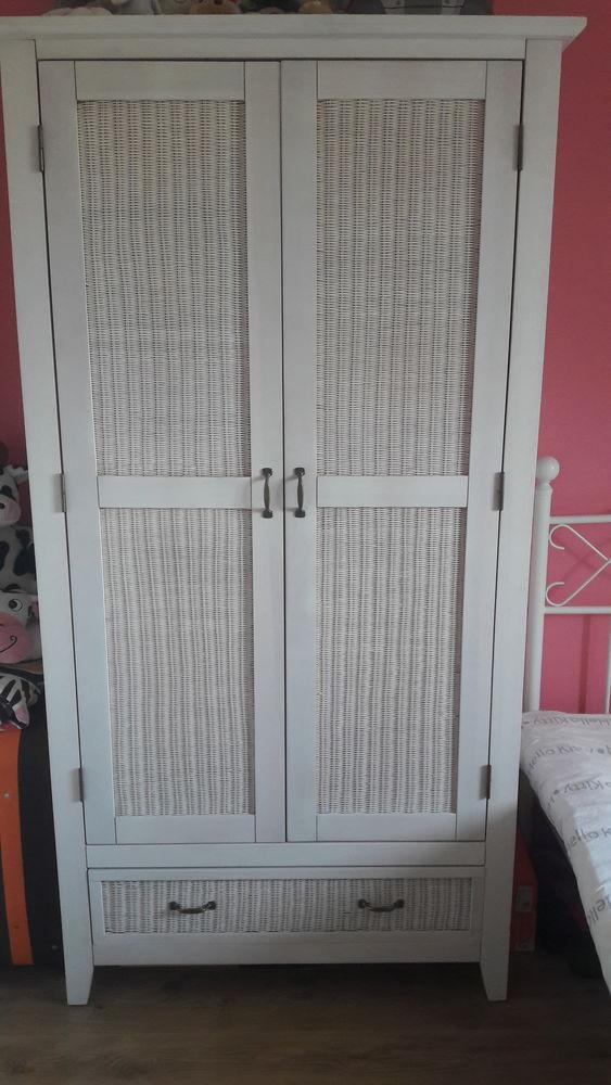 Chambre ado fille 250 Isles-lès-Villenoy (77)