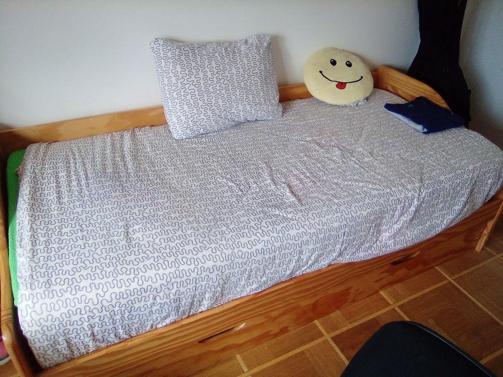 d une chambre de nuit 130 Écully (69)