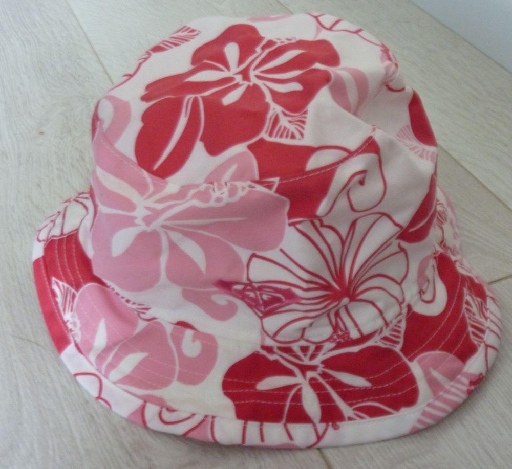 chapeau d été / bob plage roxy hibiscus rose blanc rouge 5 Bonnelles (78)