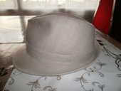 chapeau 100/100 lin 56 portée une journée 25 Poitiers (86)