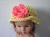 chapeau pour poupée  1 Brie-Comte-Robert (77)
