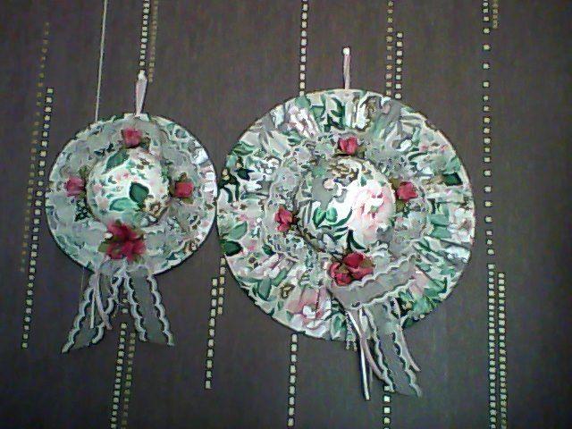2 chapeaux à fleurs de décoration à suspendre 10 Étampes (91)