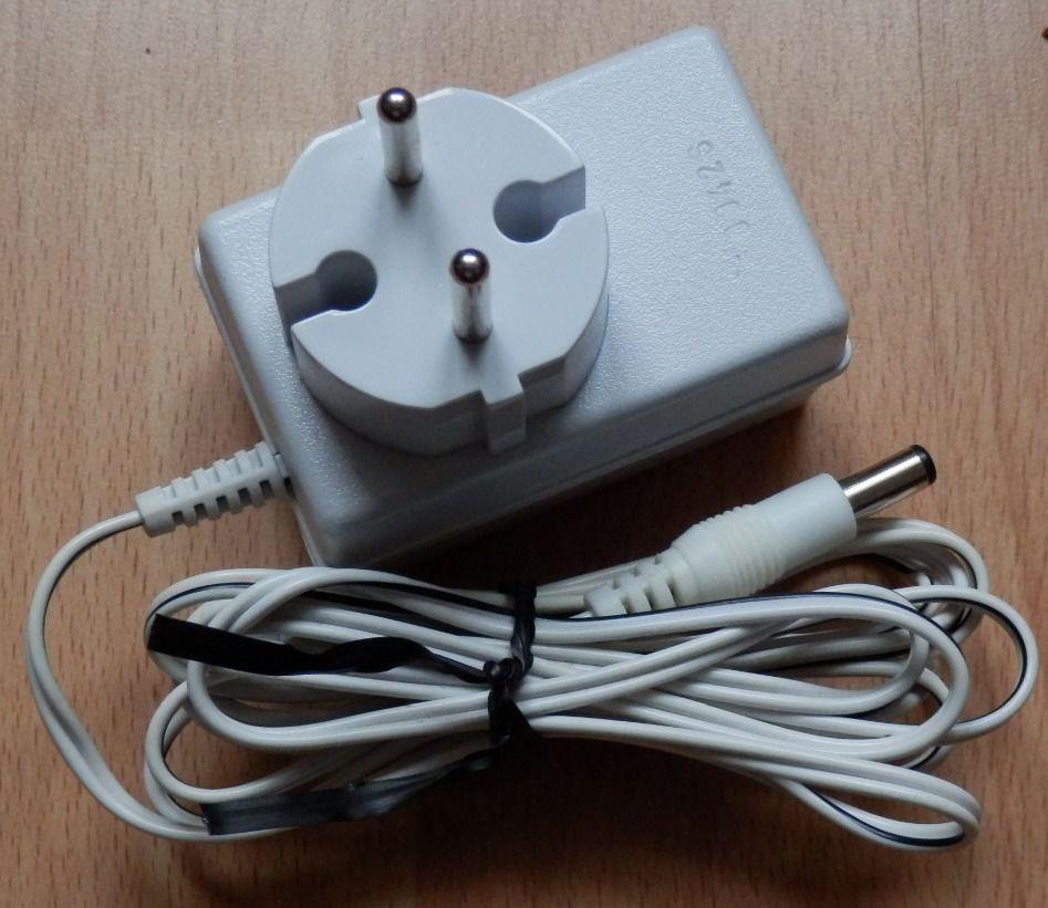 Chargeur adaptateur 5,3 V 140 mA : Très bon état 5 Évry (91)