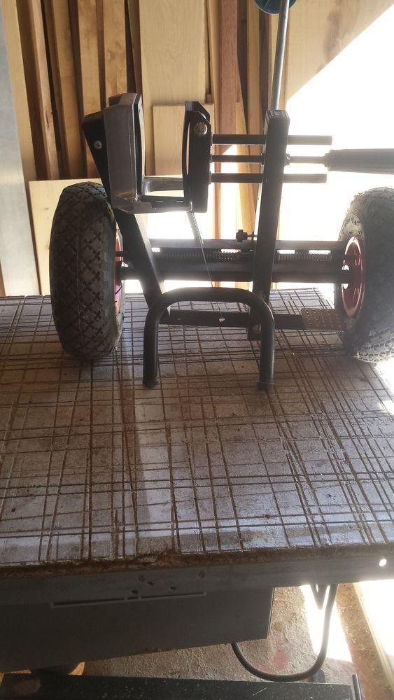 chariot de transport  120 Brignoles (83)