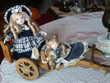 Sur charrette Jolies poupées anciennes N°281