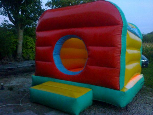 Ev nement dienville 10 wb147933914 - Structure gonflable a vendre ...