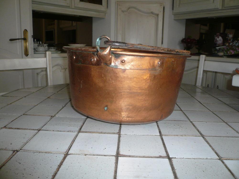 chaudron a confitures 50 Carcassonne (11)