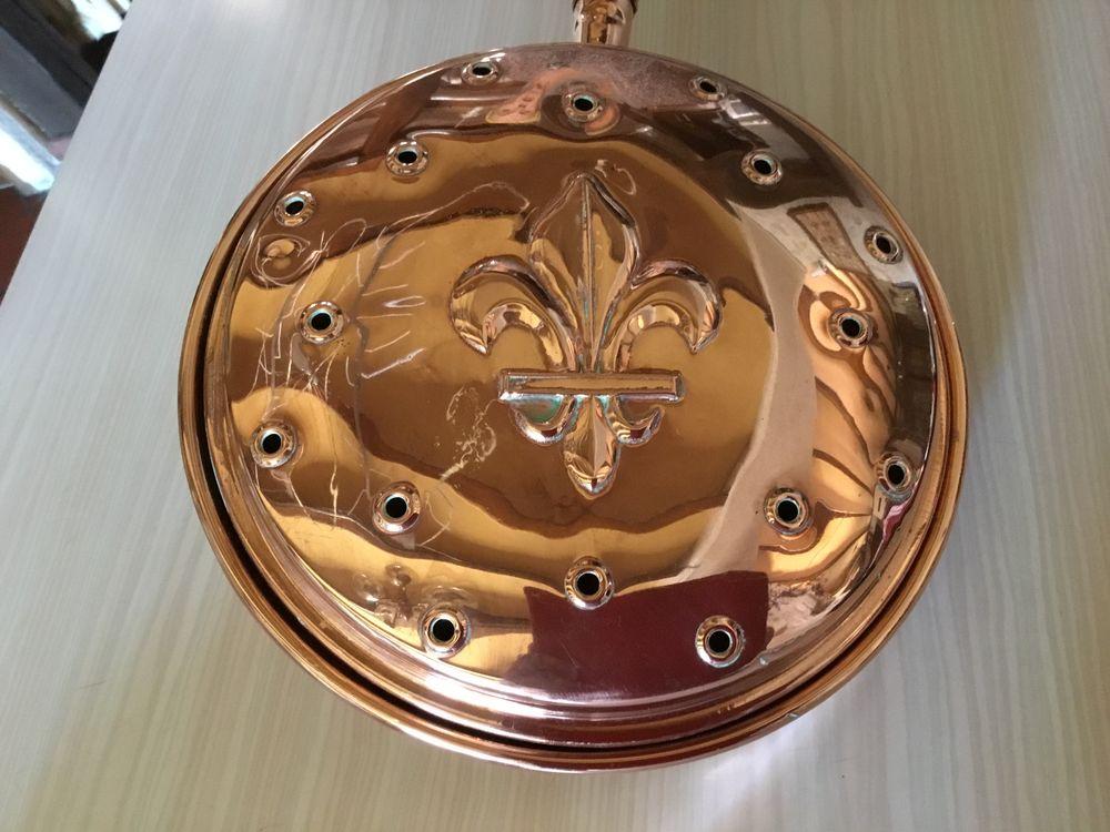 Chauffe lit (bassinoire) cuivre (fleur de lys) 30 Sceaux-du-Gâtinais (45)