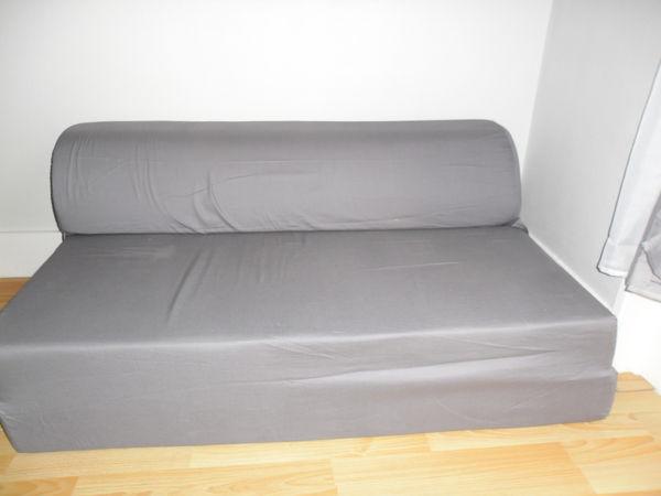 achetez chauffeuse 2 places quasi neuf annonce vente saint chamond 42 wb151362061. Black Bedroom Furniture Sets. Home Design Ideas