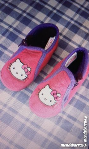 Chaussons hello kitty neuf 5 Fillé (72)
