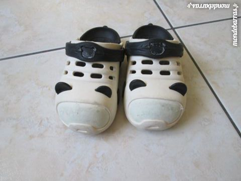 Chaussons panda type CROCK'S taille: 28 2 Nort-sur-Erdre (44)