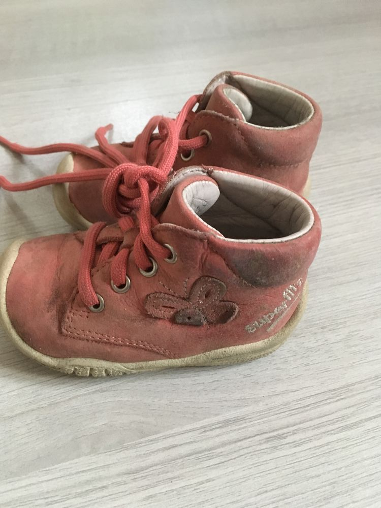 chaussure bebe fille 17 Chaussures enfants