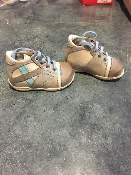 chaussure bébé Puériculture