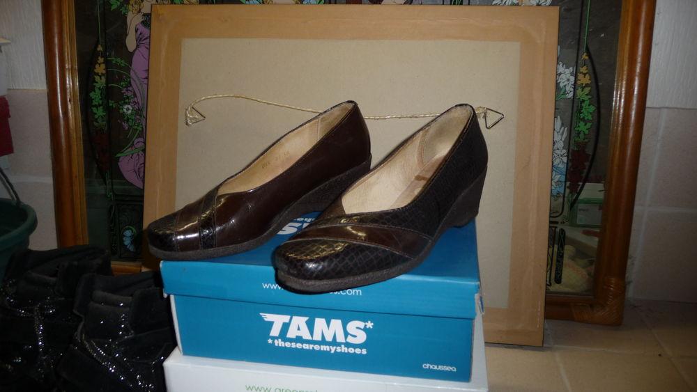 chaussure cuir 10 Champignelles (89)