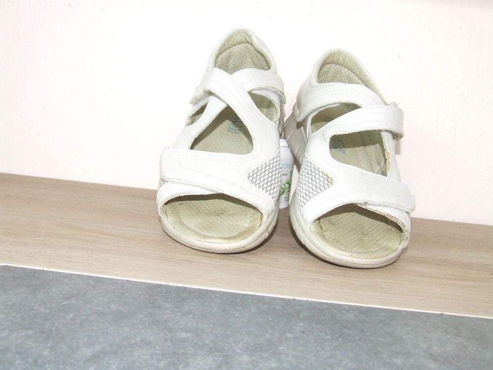 chaussure femme 5 Sainte-Marie-Kerque (62)