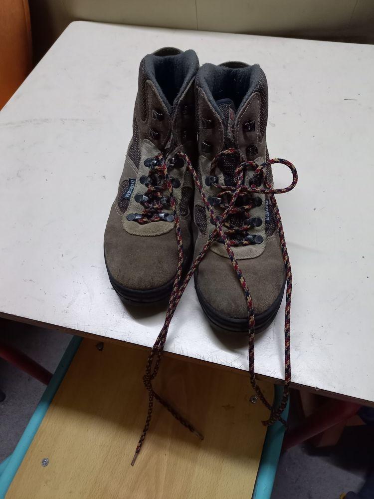 chaussure homme randonnée bon état 40 La Varenne (49)
