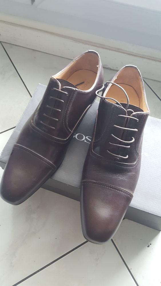 Chaussure neuve bossetti cuir taille 40. 30 Villeurbanne (69)