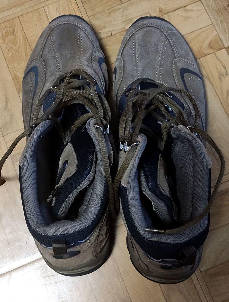 CHAUSSURE DE RANDONNEE Chaussures
