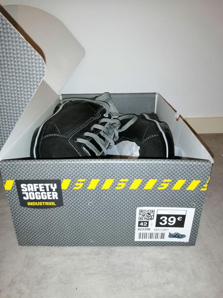 chaussure securité 18 Montpon-Ménestérol (24)