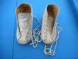 Chaussure vintage premier âge en cuir Nieuil-l'Espoir (86)