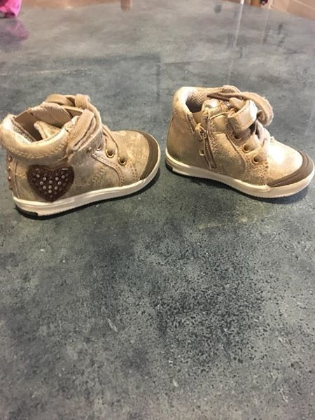 chaussure 10 Issou (78)