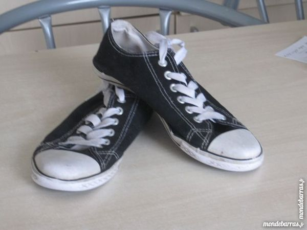 Chaussures basses type CONVERSE 7 Ruesnes (59)