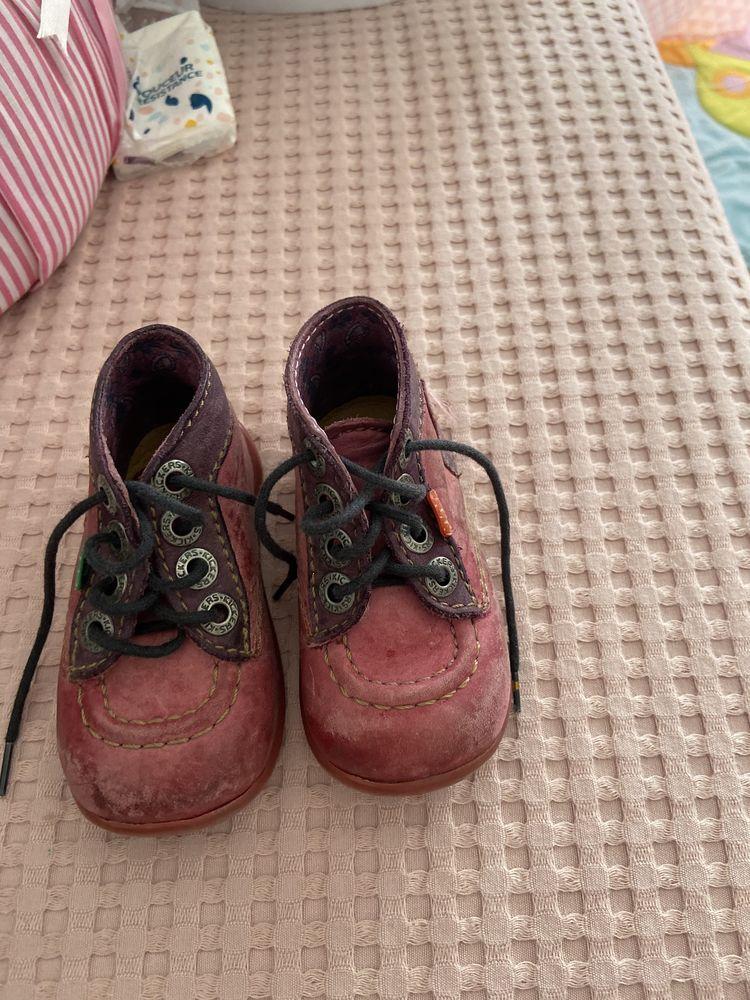 Chaussures bébé fille de la marque KICKERS 20 Puteaux (92)
