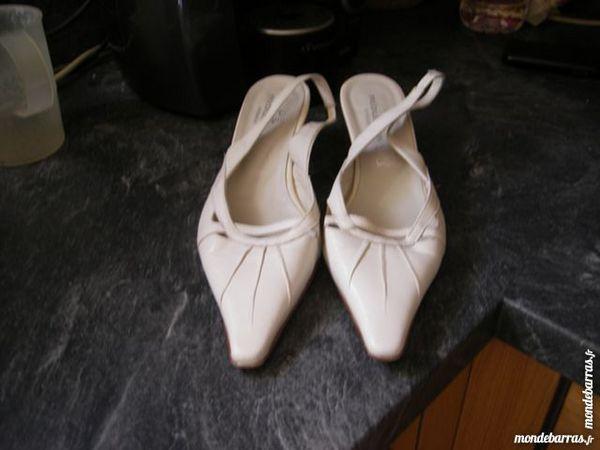 chaussures beige 10 Laventie (62)