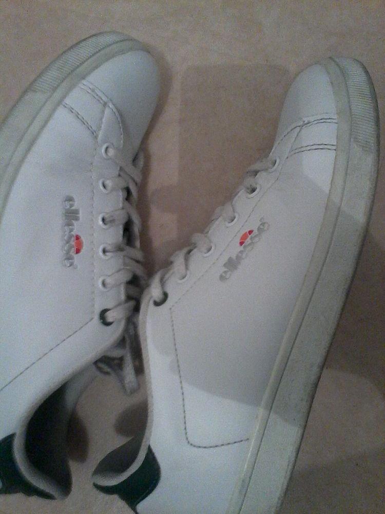 2d2a9e94d5f7f3 Achetez chaussures blanches quasi neuf, annonce vente à Vannes (56 ...