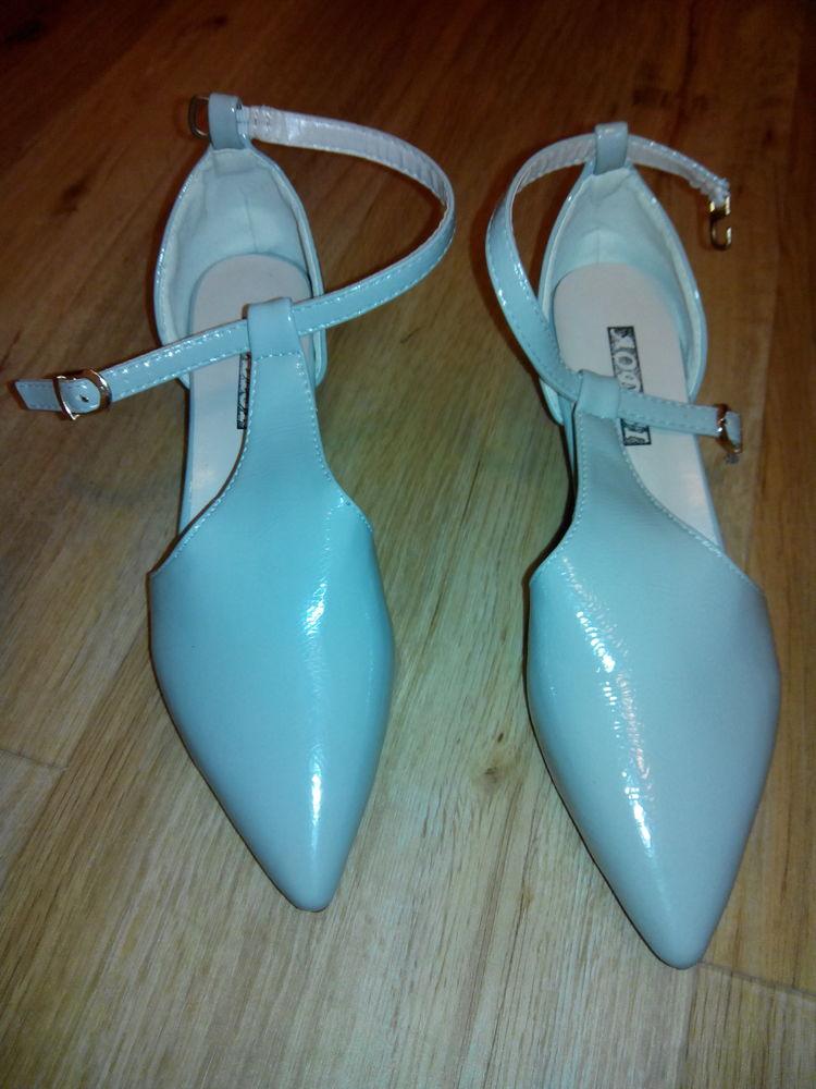 Chaussures à bout pointu T.38  34 Drancy (93)
