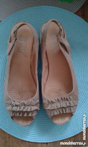 Chaussures camel cuir 15 Saint-Martin-au-Laërt (62)
