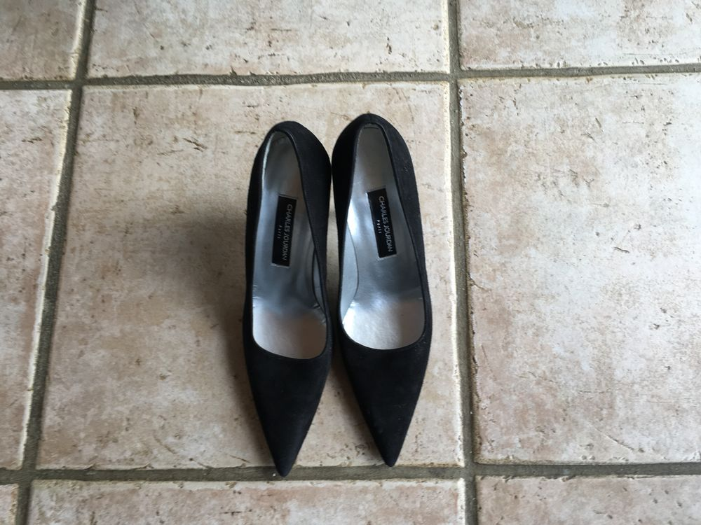 . Chaussures Charles Jourdan  Escarpin 10 La Londe-les-Maures (83)