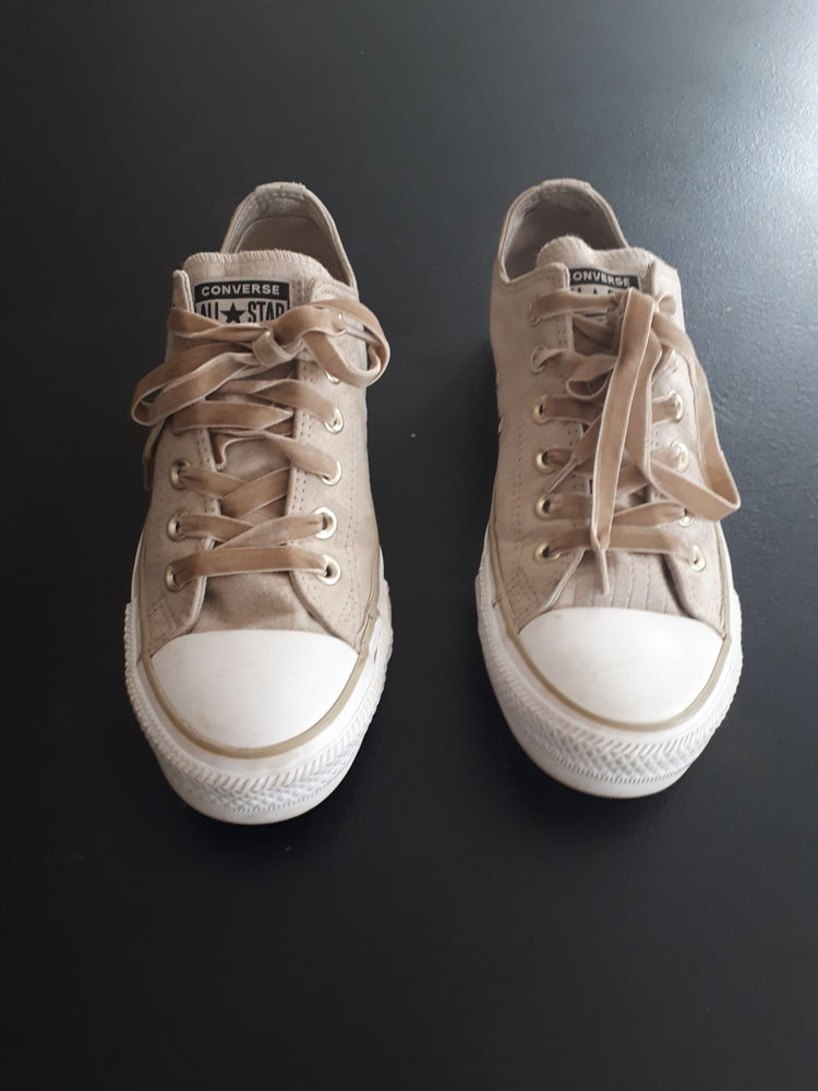 CHAUSSURES CONVERSE BEIGE TAILLE 38 30 Capdenac-Gare (12)