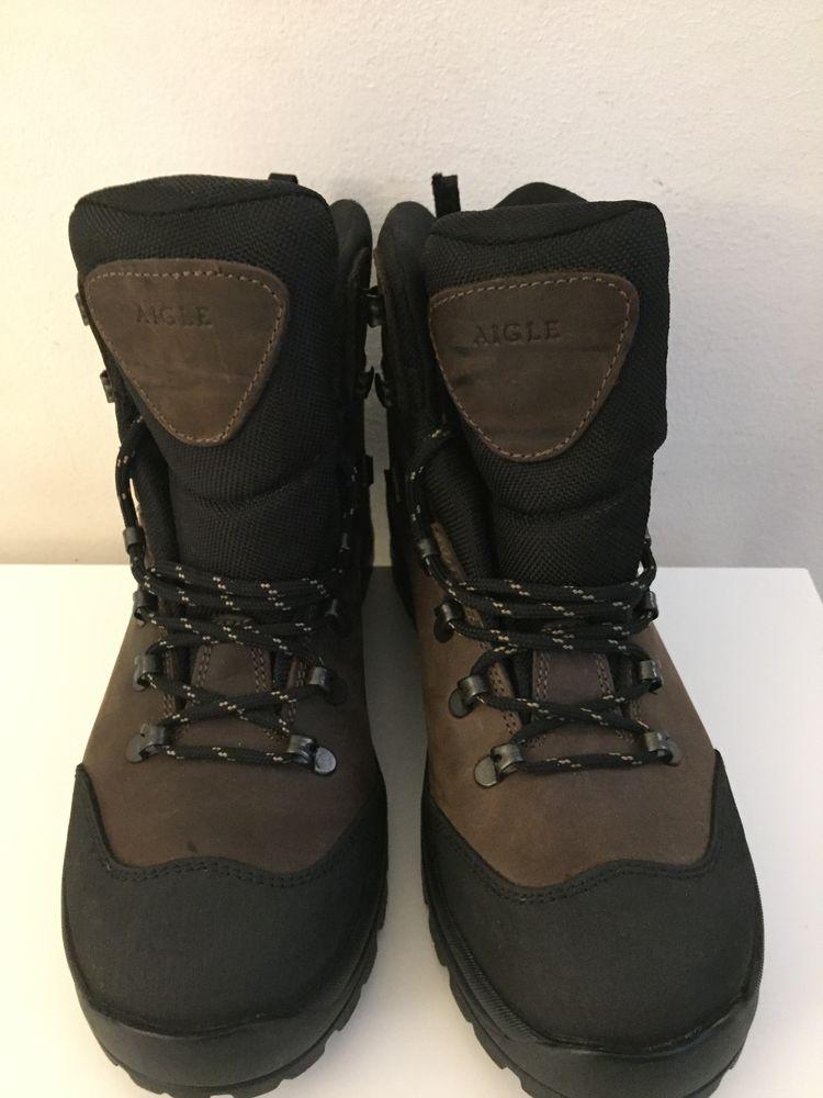 Chaussures cuir AIGLE pour activités en extérieurs 60 Paris 13 (75)