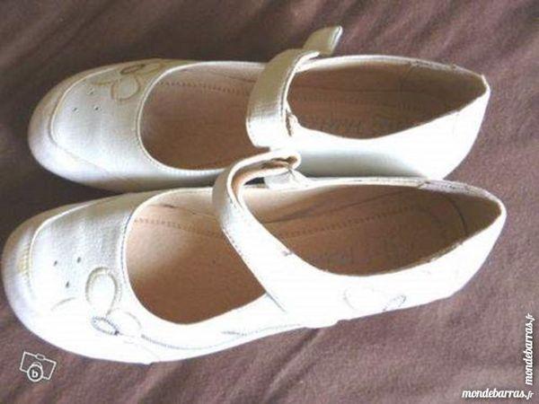 Chaussures/ derbies beige femme Pointure 37 15 Argenton-sur-Creuse (36)