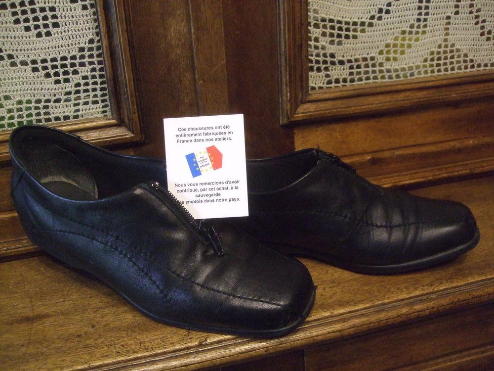 Chaussures derby noire de ville pour dame.P 39. 10 Sablet (84)